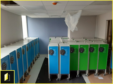 Vestiaires ambulatoires à codes à l'Hôpital du Vert Galant